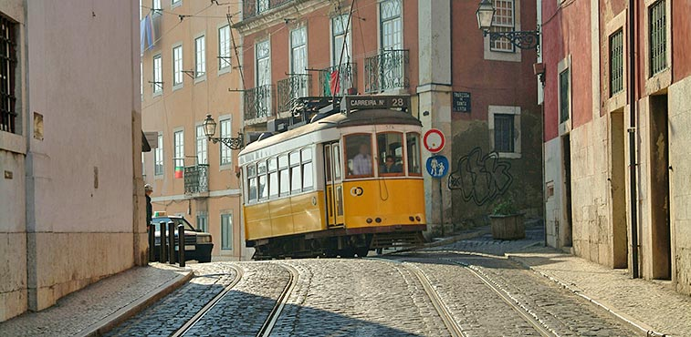 lisbon_gettingabout01.jpg